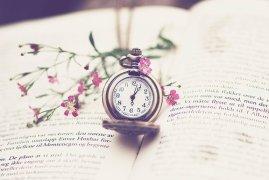 beautiful-book-clock-flower-love-Favim.com-289088